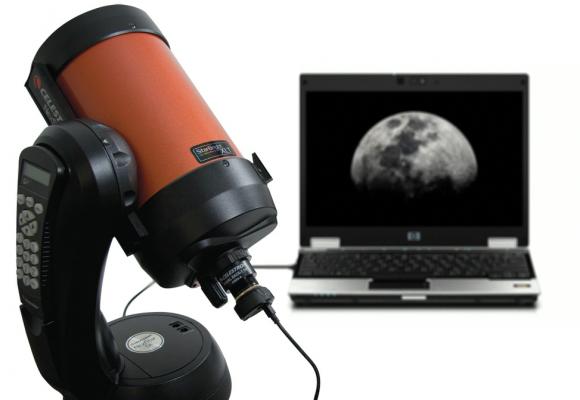 Pot vedea pe monitorul unui calculator imaginea ce se vede prin telescop?